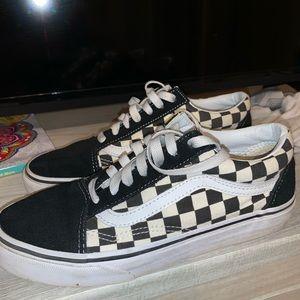Old Skool Checkered Vans